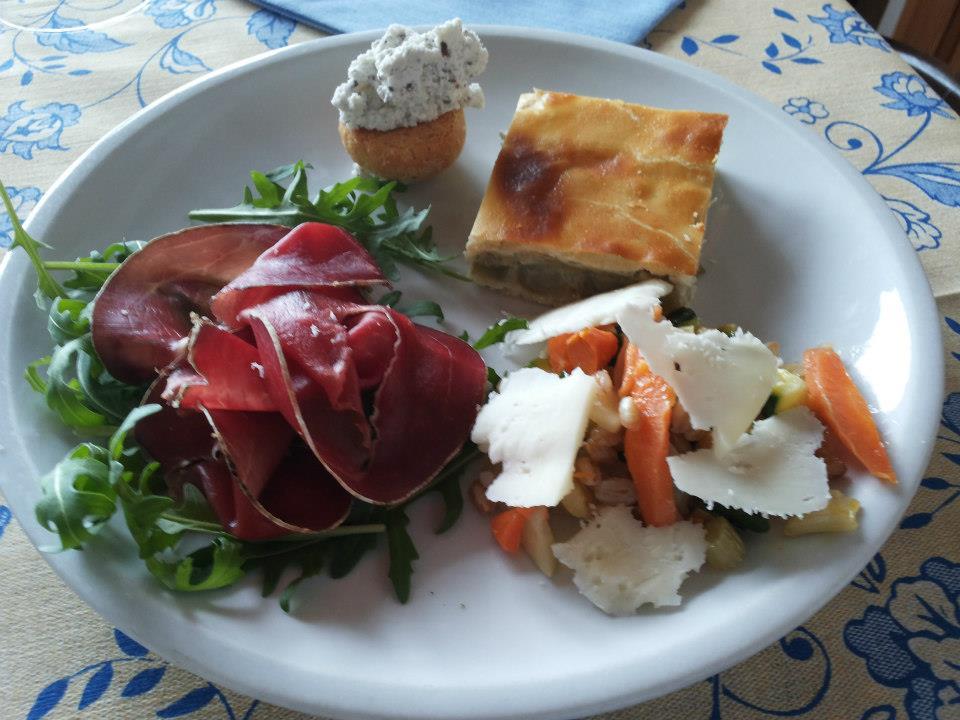 Piatti prodotti persone for Cucina antipasti